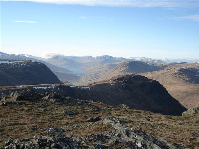 View W from the summit of Beinn nan Oighreag
