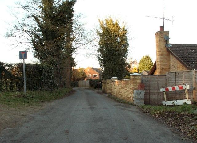 Valley Farm Road