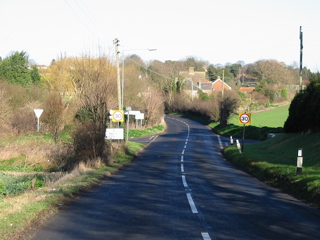 Entering Eastry from the South