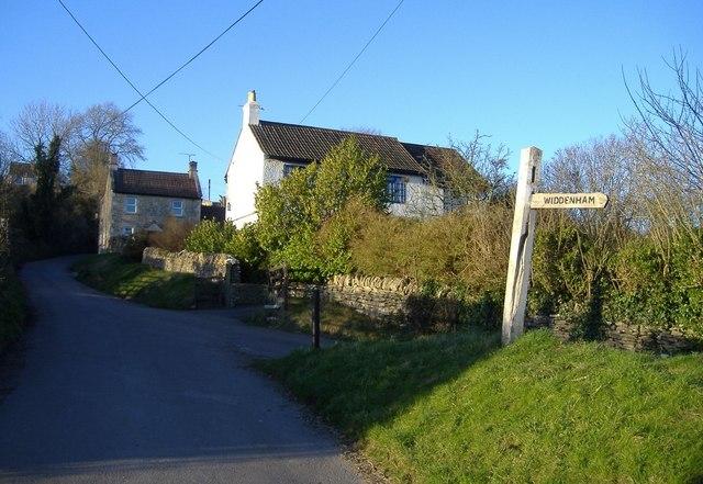 The road to Widdenham farm
