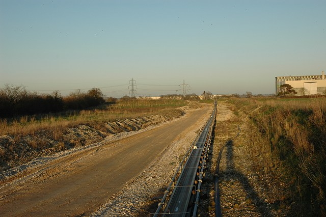 Conveyor belt, gravel pit, Badminston