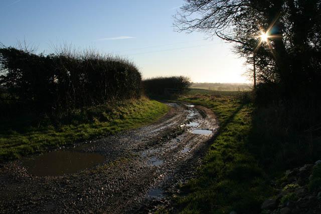 Track to Osgodby