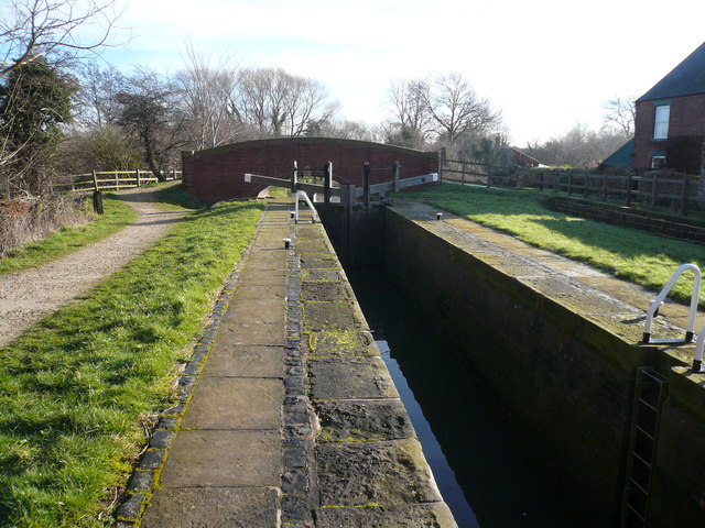 Chesterfield Canal - Cinderhill Lock No 41