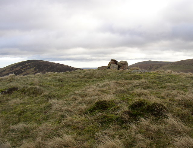 Cairn on High Cantle