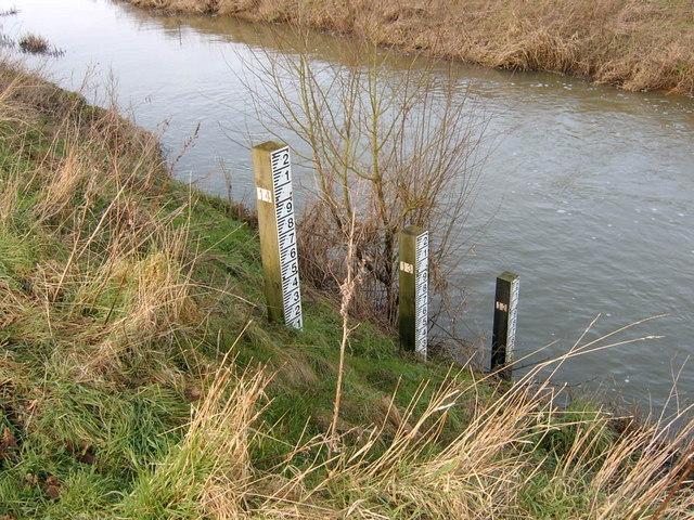 Flood indicators at Stile Bridge