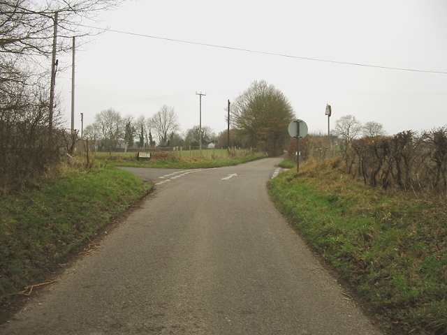 Crossroads on Gravel Castle Road