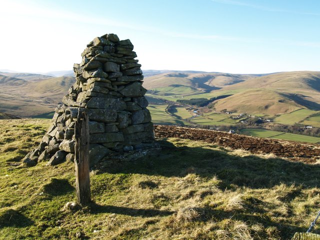 Wannel Cairn, Sundhope Height.