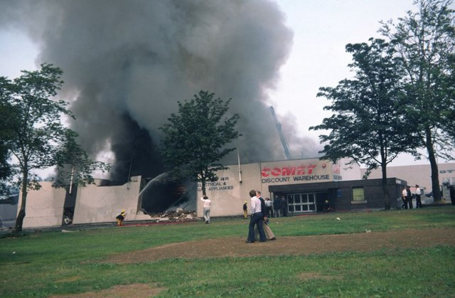 Comet warehouse fire, August 1976