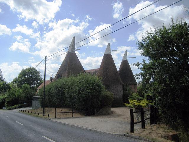 Harpers Oast, Summerhill, Goudhurst, Kent