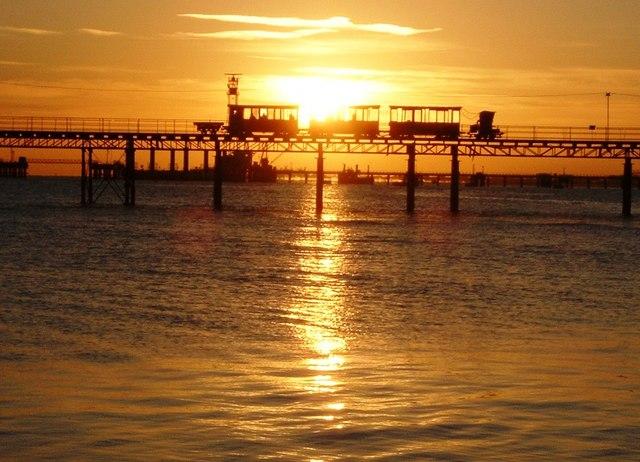 Sunrise - Hythe Pier Railway