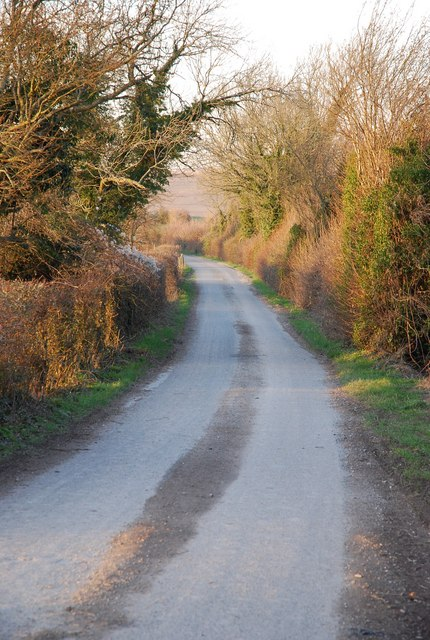 Road between East Combe Wood and Wood House Hanging
