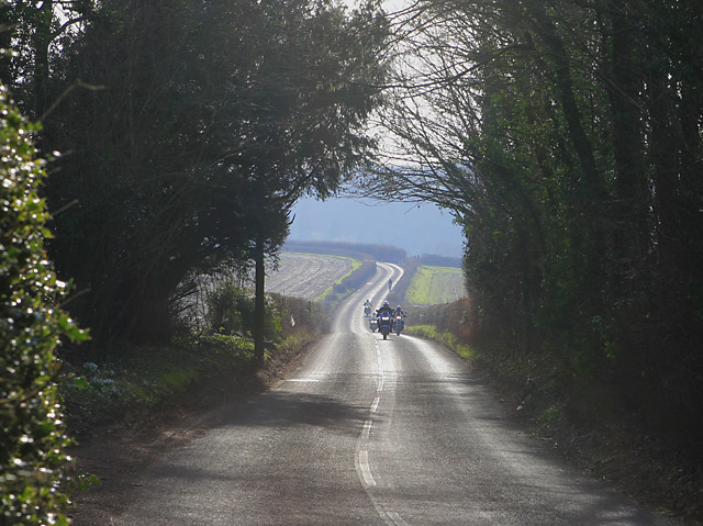 B3046 approaching Crooked Billet
