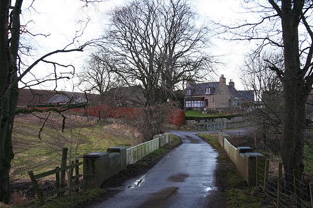 The road bridge at Milton of Inveramsay.