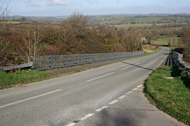 Bridge over the Cutting