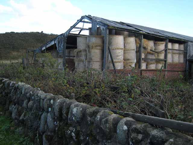 Dilapidated barn, Chaperdonan Farm, Girvan