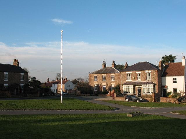 Maypole, Aldborough