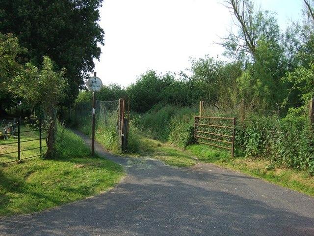 Path & Track next to St Giles, Cheddington