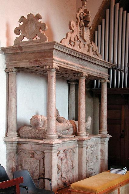 S. Owen, Bromham, Beds - Monument