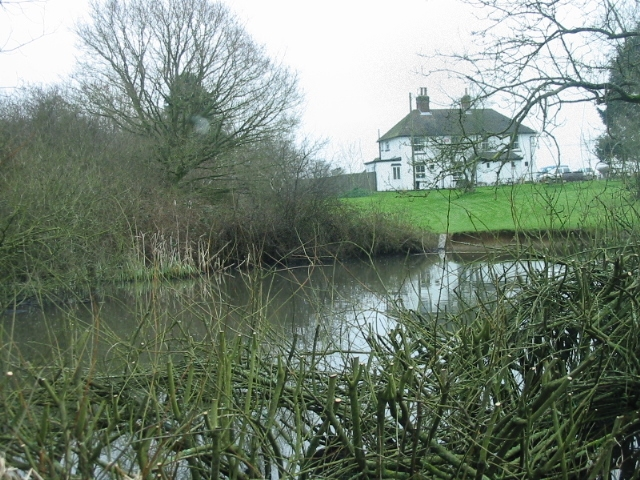 Pond and the old Gate Inn