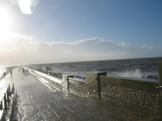 High Seas on the New Pier