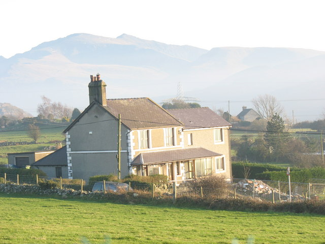 Gwyddfor - a newly extended house