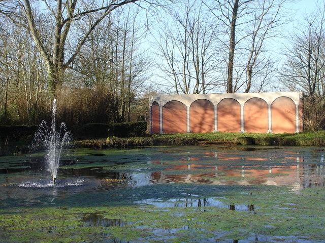 Lake, Fountain and 'Loggia', Downton Moot