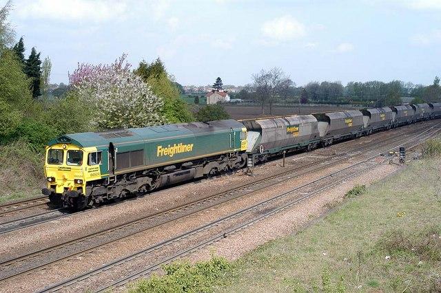 66 524 on empty coal train