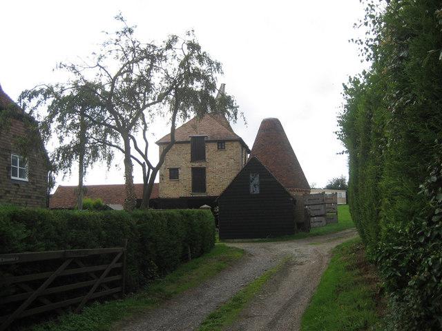 Oast Houses at Clock House Farm, East Street, Hunton, Kent
