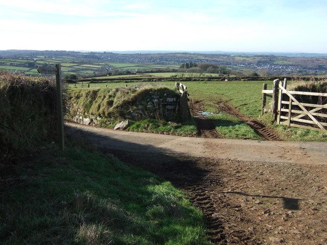 Lane near Horseyeatt