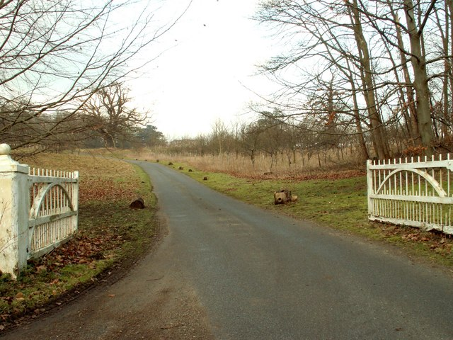 Driveway to Glevering Hall