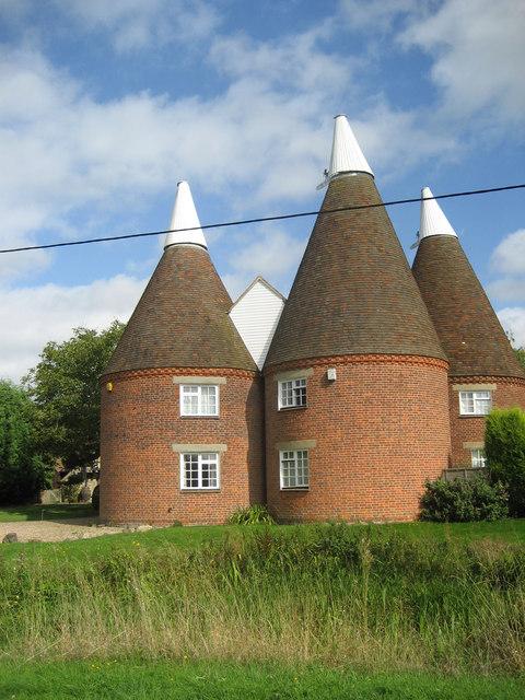 The Roundels, East Street, Hunton, Kent