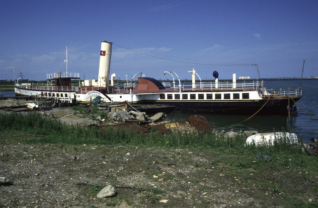Paddle Steamer Medway Queen, Damhead Creek
