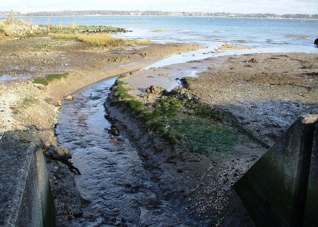 Water drains into the Southampton Water