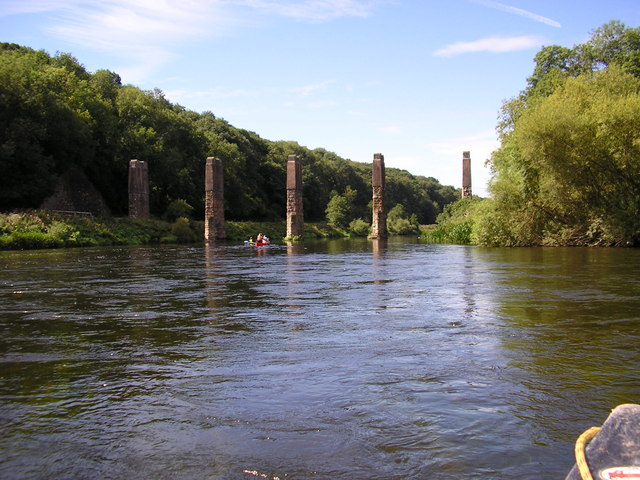 Ruined railway bridge over the Wye near Carey