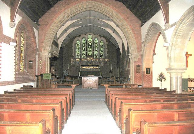 St John the Evangelist, Mortimer, Berks - East end