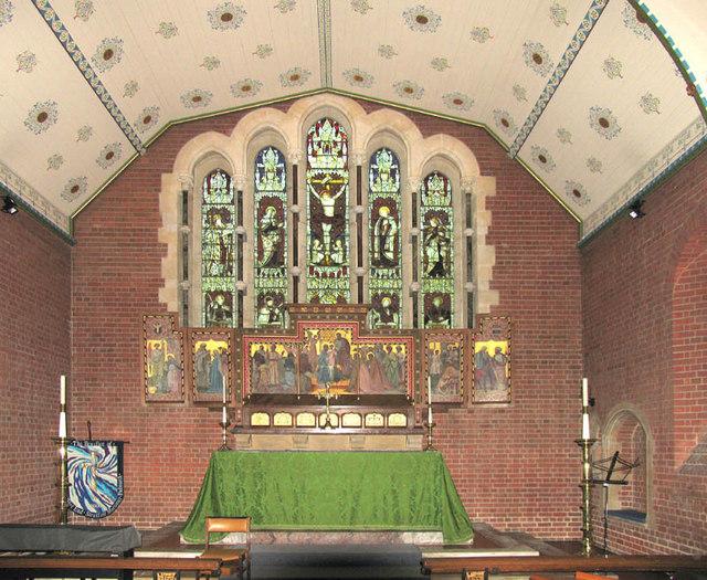St John the Evangelist, Mortimer, Berks - Sanctuary