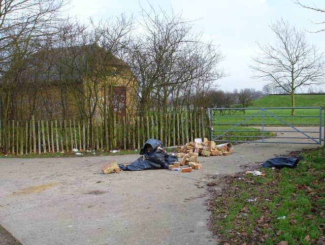 Flytipping by the reservoir