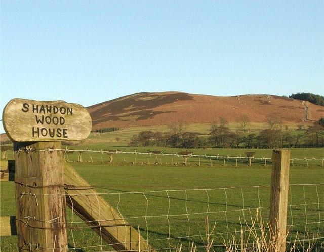 Sign to Shawdon Wood House