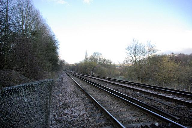 Railway near Nettlestead Church