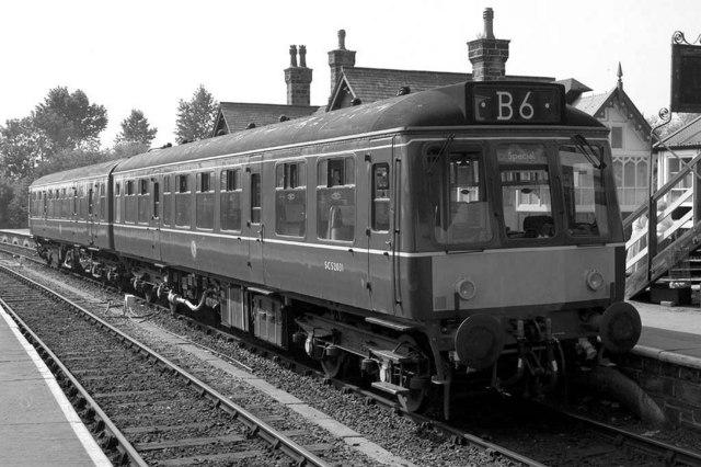 Diesel railcar at Embsay Station