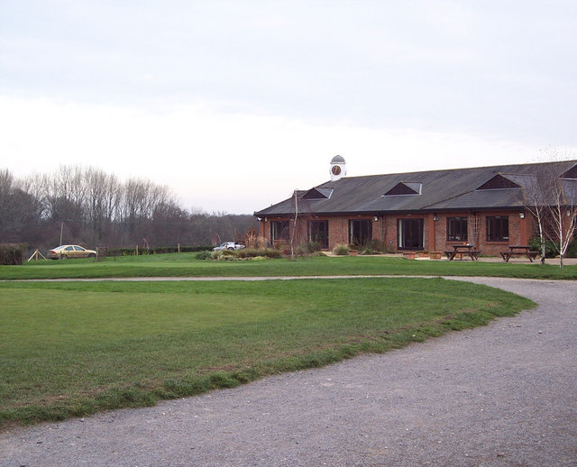 Hamptworth Golf and Country Club