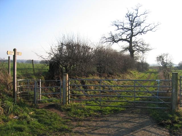 The Sandstone Trail near Oak Tree Farm