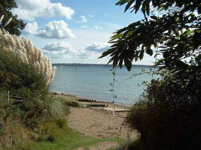 Arriving at Lepe Foreshore near Inchmery