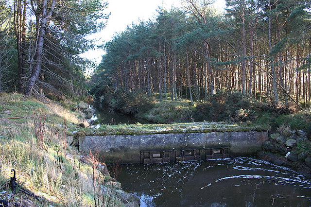 Sluice gates on the Innes Canal.