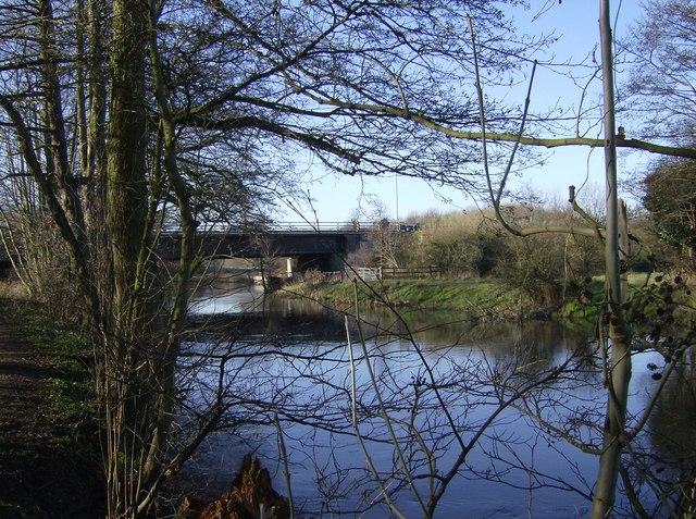 M4 bridge crossing River Kennet