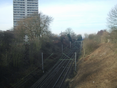 Railway in a deep cutting in Heath Town