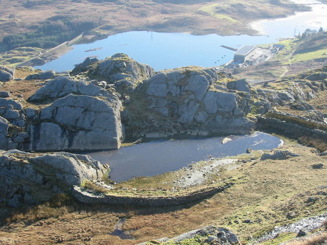 Former reservoir