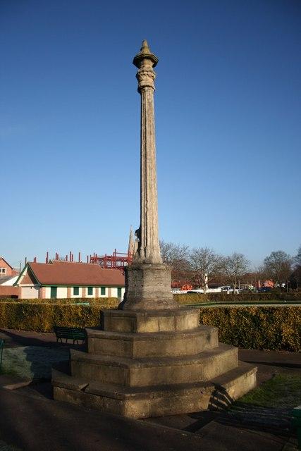 Beaumond Cross