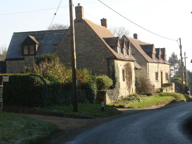 Houses in Garsington