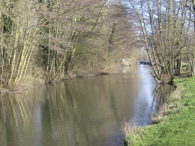 River Kennet near Tyle Mill looking north east